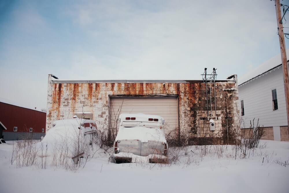 How to prepare your car for winter or long term parking?