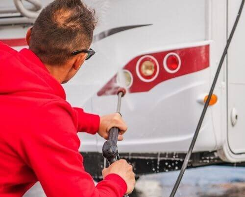 How to clean RV fresh water tank